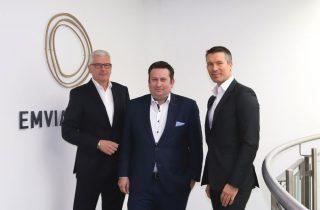 Volker Feldkamp, Markus Speckenbach, Jay Bratz bilden die neue Geschäftsführung von Emvia Living (Quelle: Emvia Living)